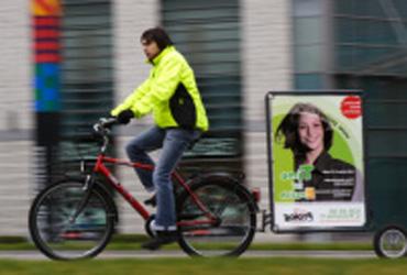 extrawheel_ad_green.jpg
